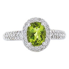 1.00 Carat Oval Peridot and Diamond Cocktail Ring in 18 Karat White Gold