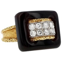 Van Cleef & Arpels 1970s Onyx Diamond and Gold Ring