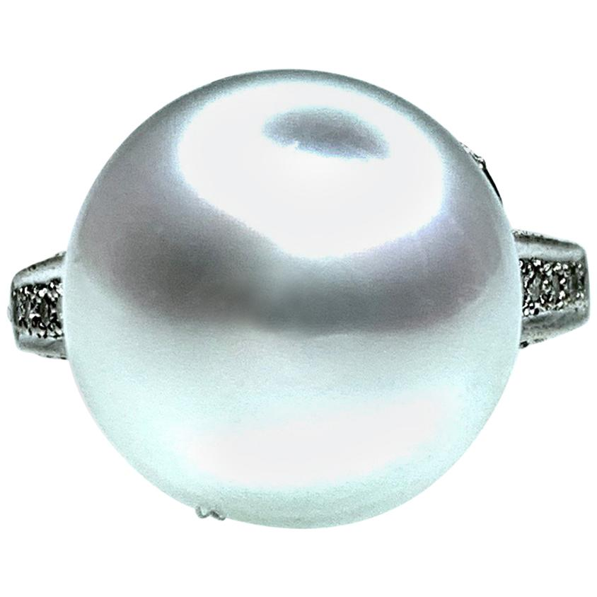 GEMOLITHOS Button Australian Cultured Pearl and Diamond Ring