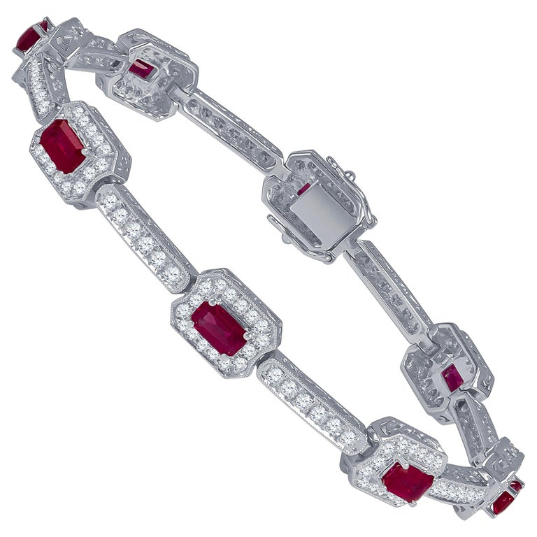 4.82 Carat Total Weight Emerald Cut Rubies Bracelet with 2.21 Carat Diamonds For Sale