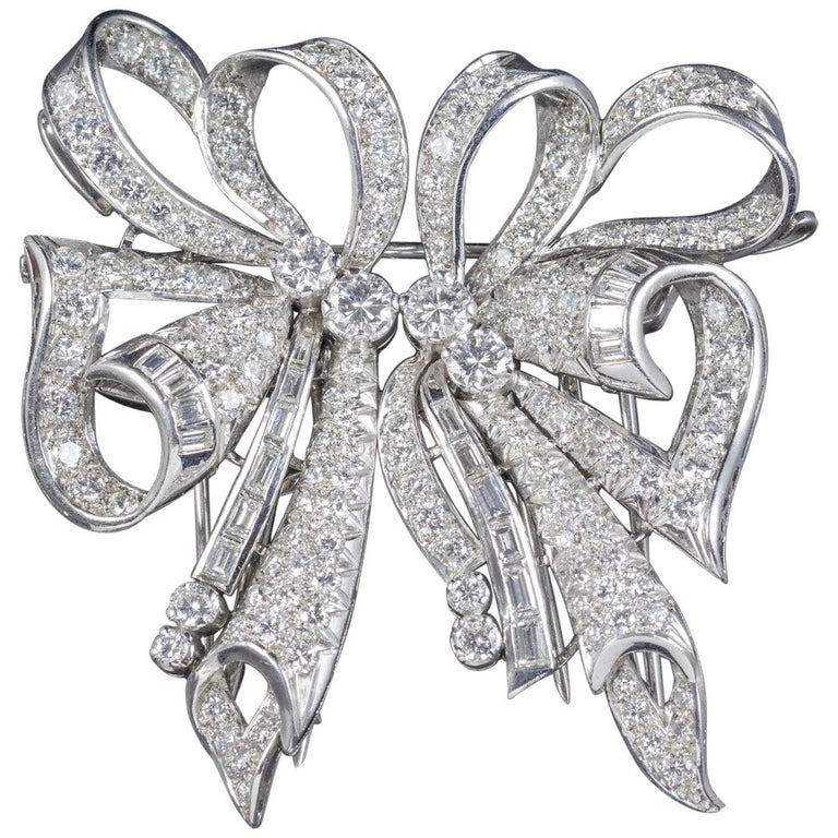 2fd5f165d Antique French Edwardian 15 Carat Diamond Platinum circa 1915 Double Clip  Brooch For Sale
