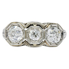 Art Deco 1.20 Carat Diamond 18 Karat White Gold 3-Stone Ring