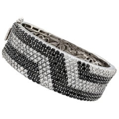 14 Karat White Gold 15.30 Carat White and Black Diamond Bangle Bracelet