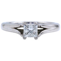 Vera Wang Ring Love Collection 0.85 Carat Solitaire Split Shank 18 Karat WG