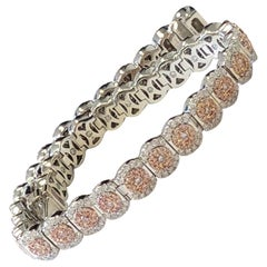 Pink Diamond Round and White Diamond Round Bracelet in 18 Karat