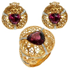 Rhodolite Garnet Diamonds 18 Karat Yellow Gold Suite