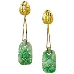 Jade and Gold Pendant Earring by David Webb