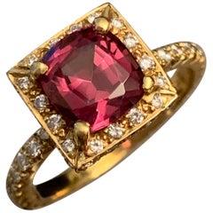 2,37 Natürliche Granat Diamant Verlobungsring Set in 18 Karat, Ben Dannie