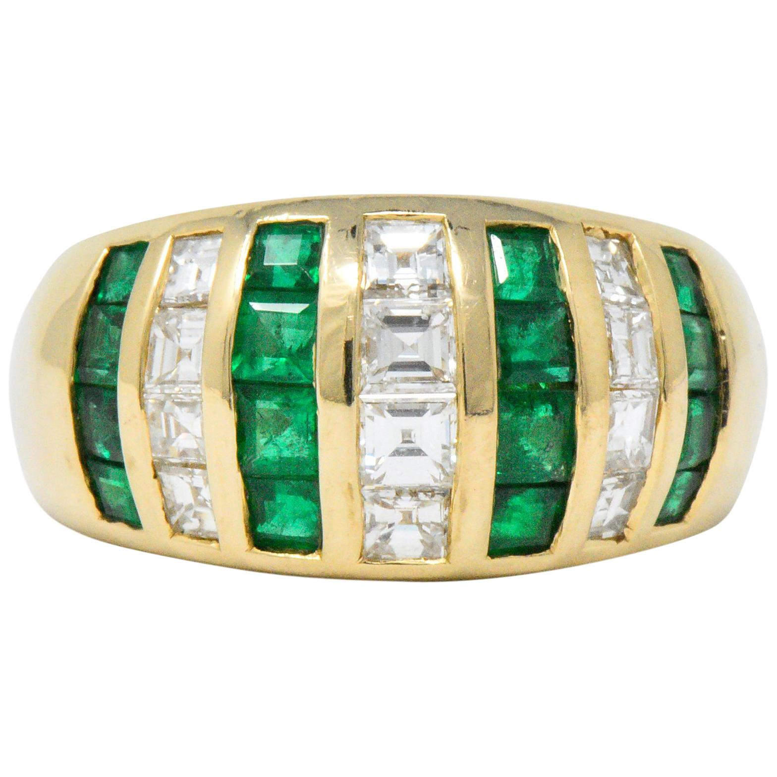 c0816046091c13 Contemporary 2.00 Carat Diamond Emerald 14 Karat Gold Ring For Sale at  1stdibs