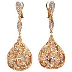 4.50 Carat 18 Karat Yellow Gold White Diamond Chandelier Drop Earrings