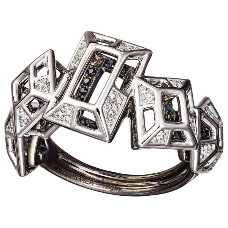 18 Karat Gold Rhodium Silver White and Black Diamonds Black Spinel Ring Aenea For Sale