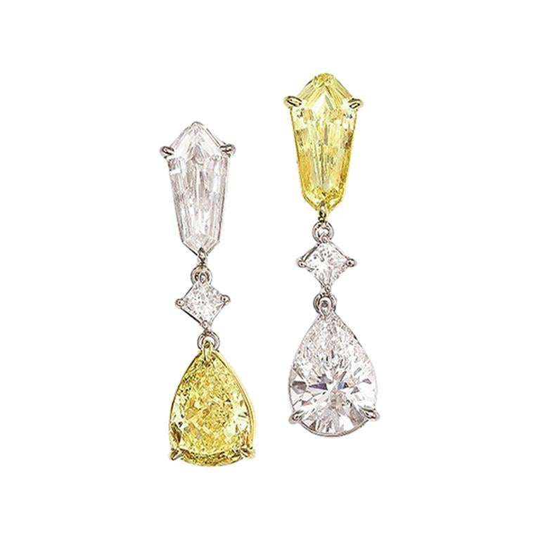 GIA Certified Asymmetric Yellow and White Kite and Pear Shape Diamond Earrings For Sale