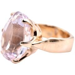 14 Karat Yellow Gold Kunzite Ring