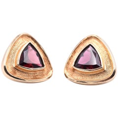 14 Karat Yellow Gold Trillion Cut Garnet Earrings