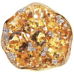 Citrine Diamond 18 Karat Yellow Gold Fashion Ring