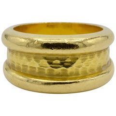 Gold 18K Yellow Fashionable Wide Hammered Band
