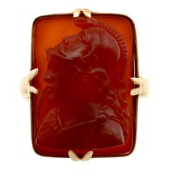 Victorian Agate and Yellow Gold Cameo Ring