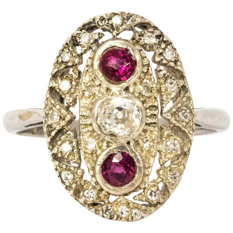 Art Deco Ruby and Diamond Platinum Ring For Sale