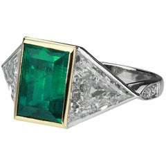 Certified Rectangular Colombian Emerald 3.41 ct & Triangle Diamonds 3 stone Ring