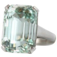 18.48 Carat Aquamarine 14 Karat White Gold Ring