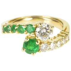 Diamond Emerald Bypass 18 Karat Yellow Gold Fashion Ring