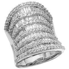 Round Brilliant & Baguette Cut Diamond 3.7 ct Heavy Solid Ring, 18 ct White Gold
