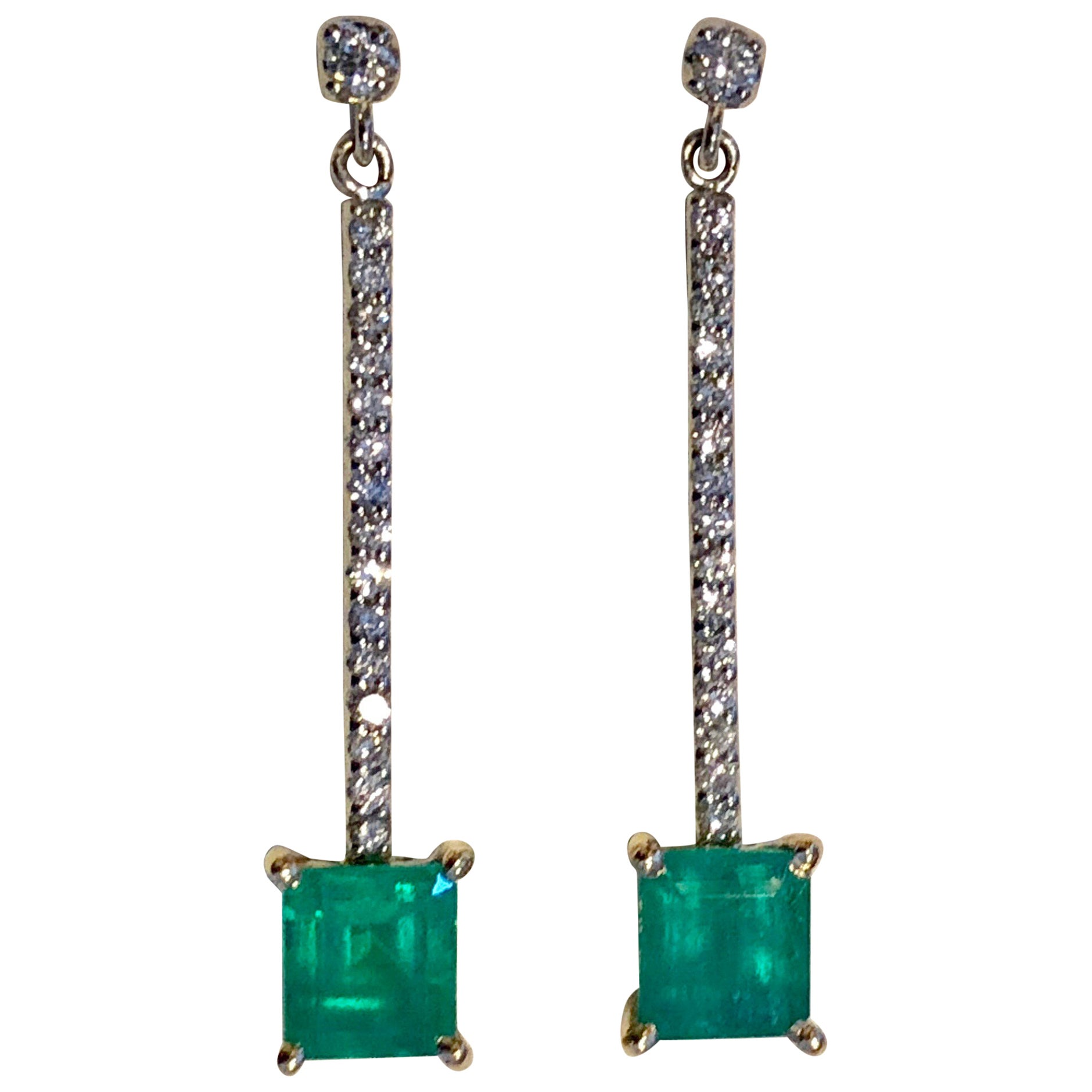 Colombian Emerald Diamond Platinum 18K Dangle Earrings