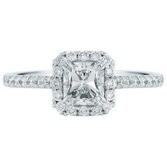 Radiant-Schliff Halo Diamant Verlobungsring in Platin 1.41 Karat