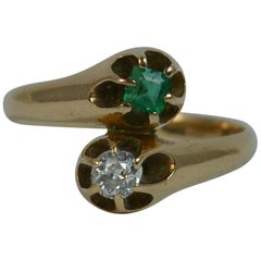 Antique Old Cut Diamond and Emerald Toi et Moi 14 Carat Gold Ring