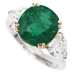 Gübelin Certified 4.40 Carat Cushion Shape Emerald Diamond Ring