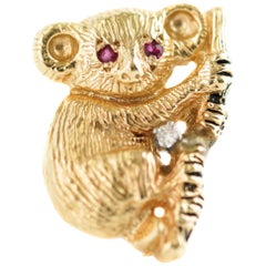 Koala Brooch Pendant in 14 Karat Yellow Gold