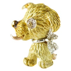 0.15 Carat Diamond and 18 Karat Gold Puppy Dog Brooch