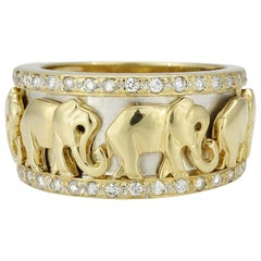 18 Karat Yellow Gold Elephant Diamond Ring