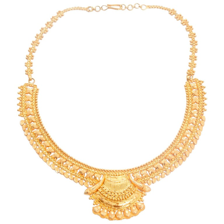 22 Karat Yellow Gold Indian Design Necklace For Sale