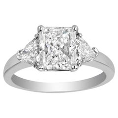 1.73 Carat Radiant Cut Diamond D-VS1 Gold Engagement Ring, EGL