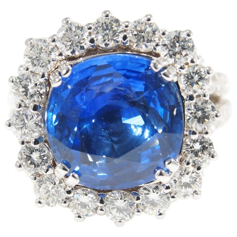 Diamond Halo Ring GIA Certified Sapphire 8.60 Carat White Gold 18 Karat For Sale