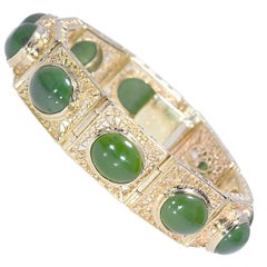 Green Oval Jade Yellow Gold Filigree 14 Karat Bracelet 56.4 Grams
