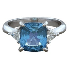 Modern Aquamarine Diamond Platinum Ring