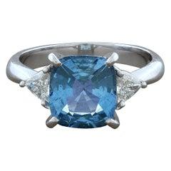 Modern Aquamarine Diamond Platinum Ring