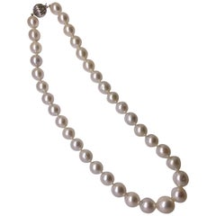 AIGL Certified Cultured South Sea Pearl 14 Karat Gold Clasp