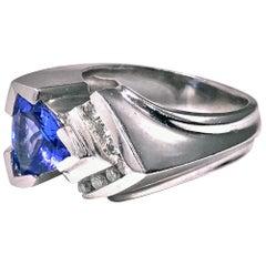 1970s 14 Karat Gold Tanzanite Diamond Ring