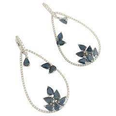 7.15 Carat Drop Sapphire 0.84 Carat Diamond 18 Karat White Gold Drop Earrings