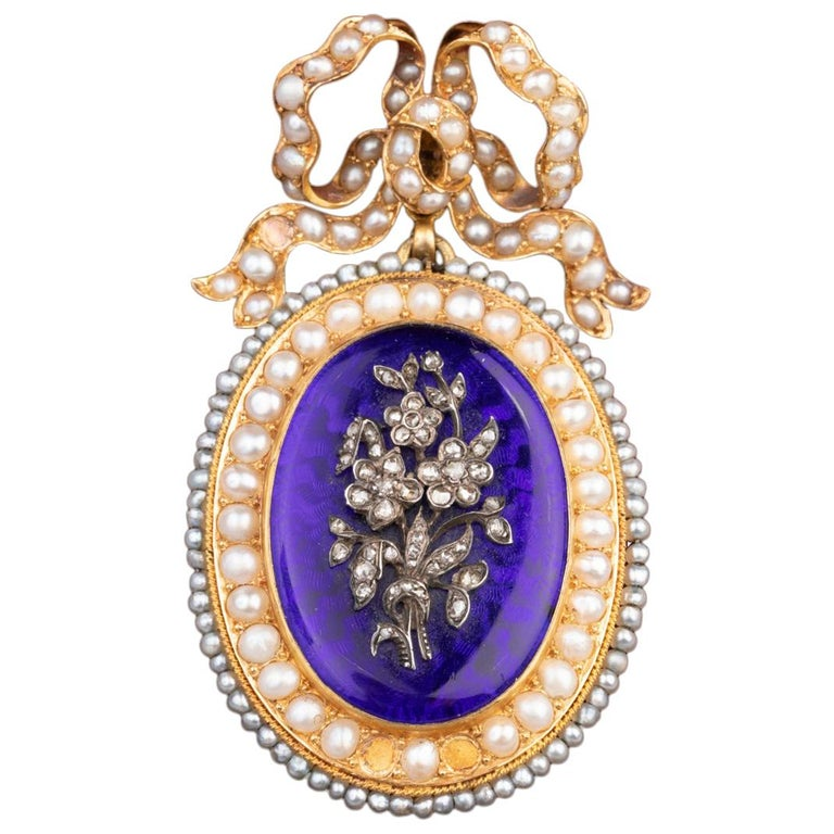 Antique Victorian Locket, Gold Enamel and Pearls For Sale
