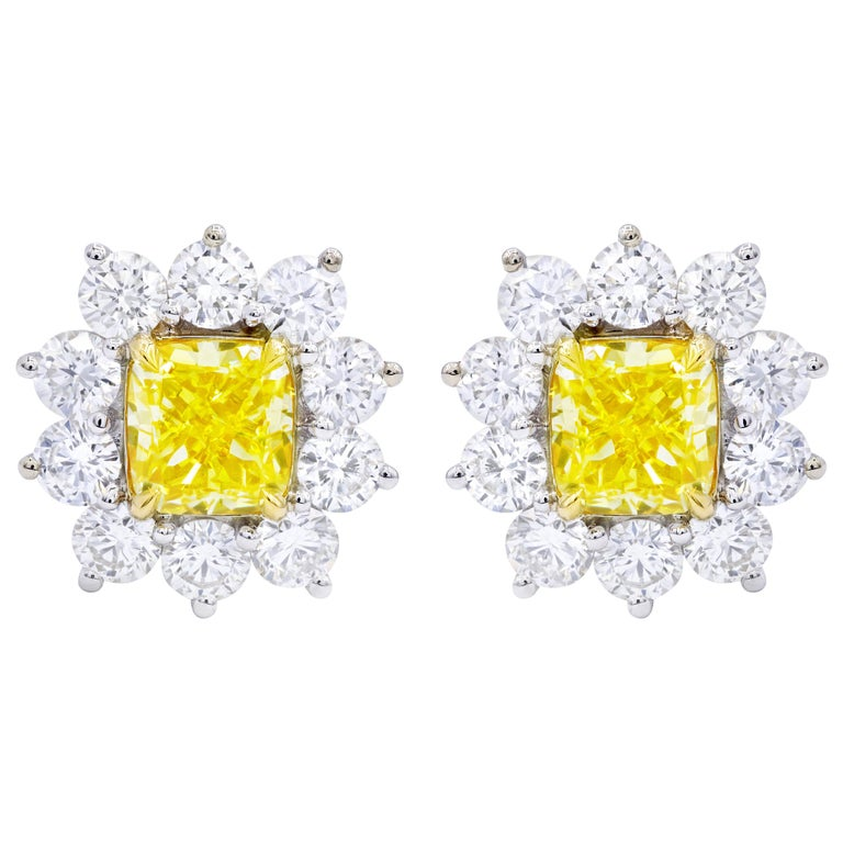 GIA Certified 3.06 Carat Fancy Yellow Diamond Stud Earrings For Sale