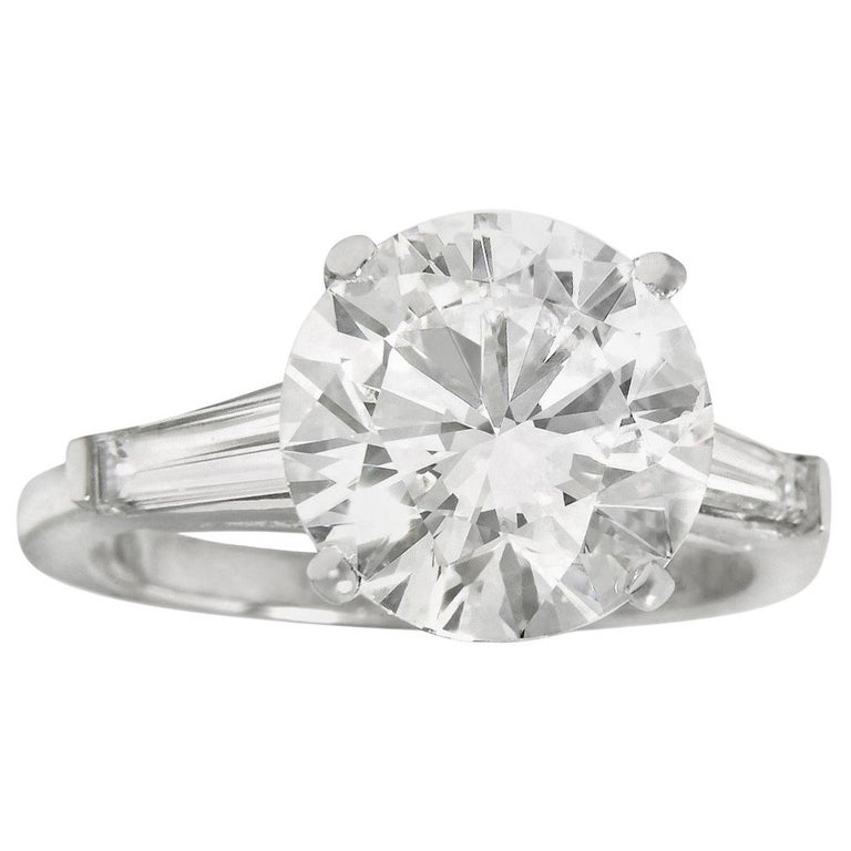 GIA Certified 9.05 Carat F SI1 Engagement Ring For Sale