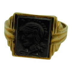 Art Deco Gents Intaglio Ring 10 Karat Yellow Gold, 1940s