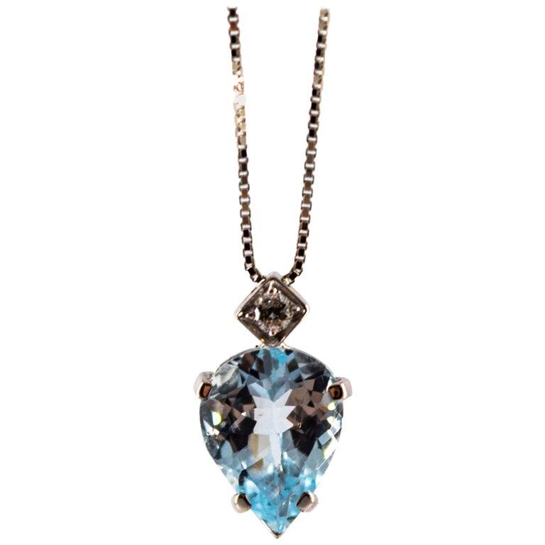 Art Deco Style 1.20 Carat Aquamarine 0.03 Carat  Diamond White Gold Necklace For Sale