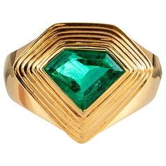 2.20 Carat Pentagon Emerald Gold Ring