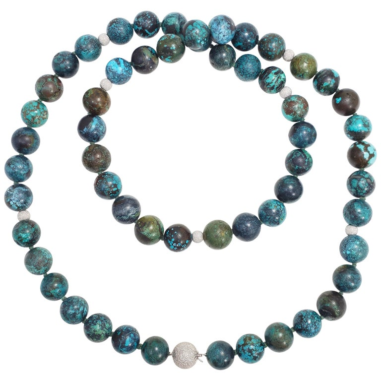Hubei Turquoise Bead Necklace with 14 Karat White Gold Clasp and Accents For Sale