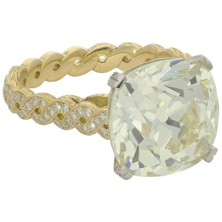 Hancocks 7.90 Carat Old Mine Brilliant Cut with Twisted Double Row Diamond Ring For Sale